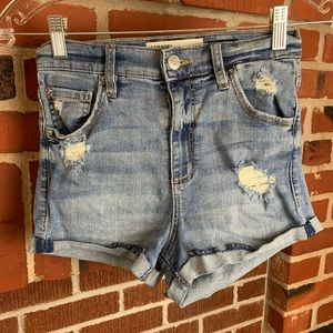 🔥Garage ultra high-rise distressed Jean shorts